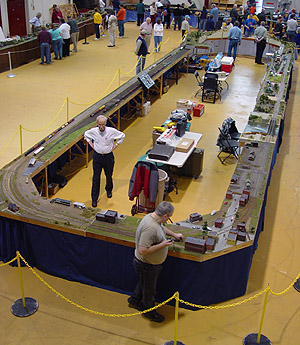 The layout we set up for the 2007 Mid-Michigan Train Show in Mount Pleasant.<br>