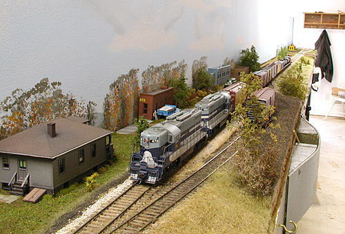 Extra 479 West passing through Burrows shows the shallow-depth scenery<br/>